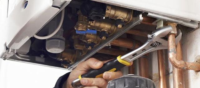 reparación de fugas en calderas de gas natural