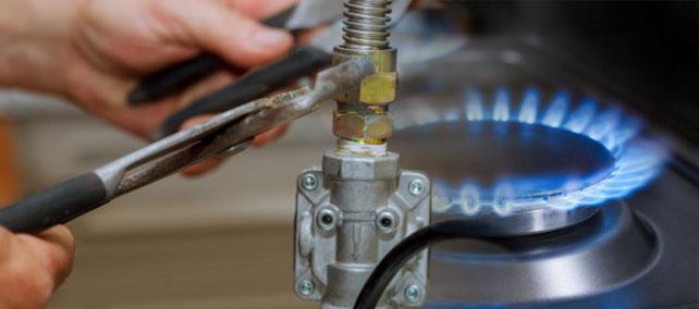 reparar fugas en cocinas de gas en Hoyo de Manzanares